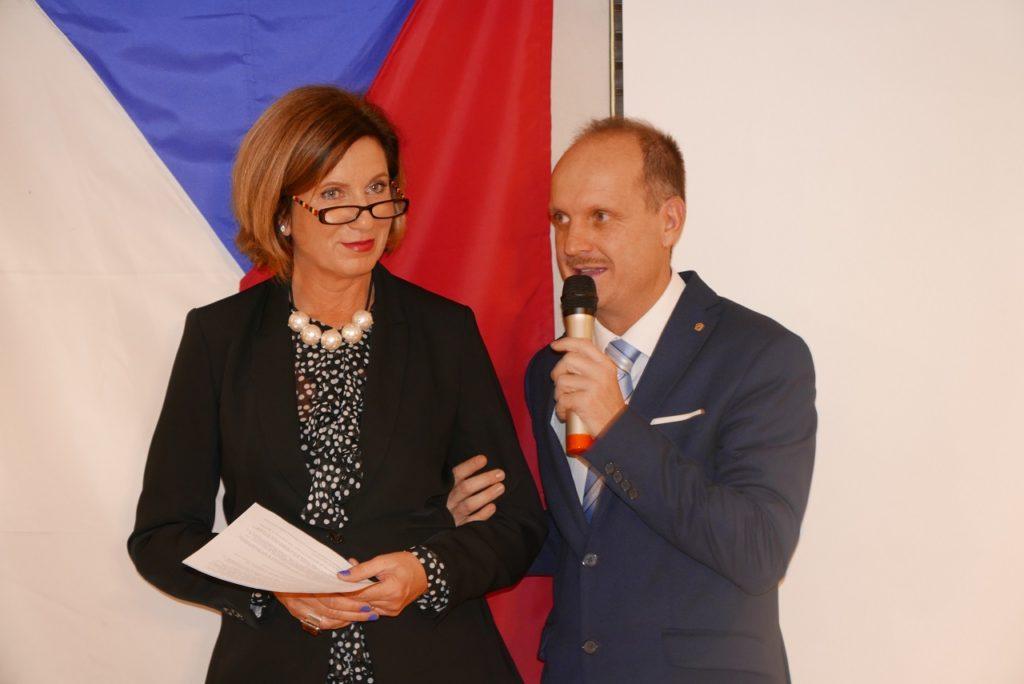 2018.12.05 Presidente con Aranka Myslivcova P1090205