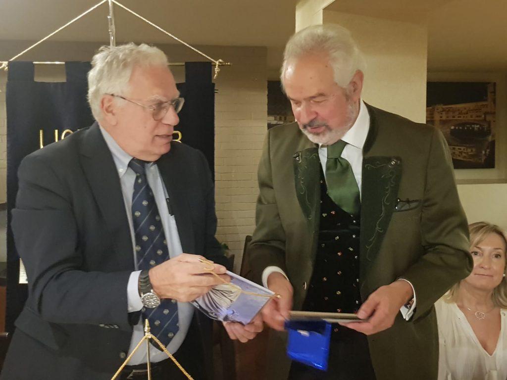 2019.10.25 Presidente con Prof. G. Cipriani IMG-20191026-WA0002